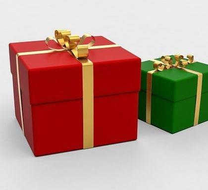 12  Unique Birthday Gifts for Him  (Male Friend, Husband or Boyfriend)