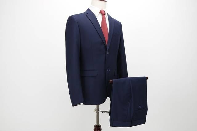10. Suit