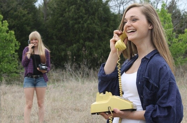 topics to talk about with a girl on phone